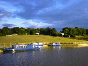 Riverdale Park Canal